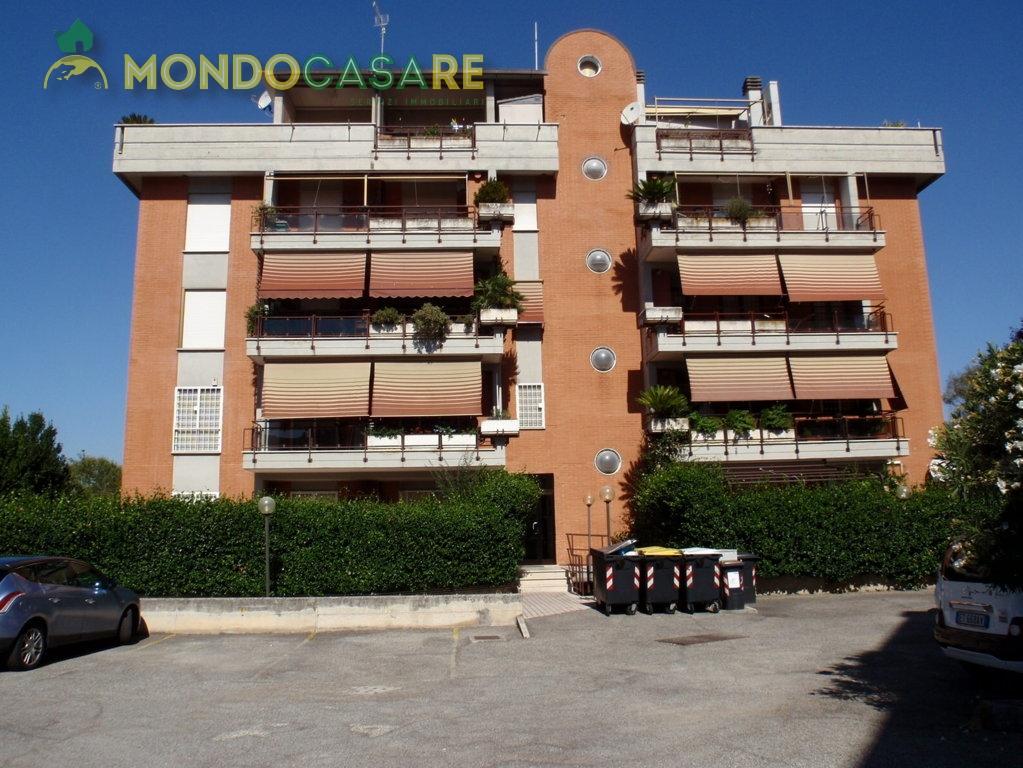 Bilocale Monterotondo Via Val Di Fassa 3