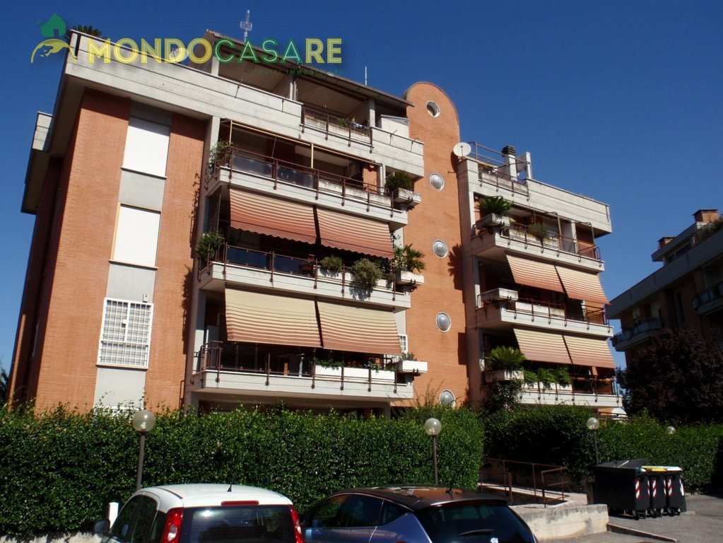 Bilocale Monterotondo Via Val Di Fassa 5