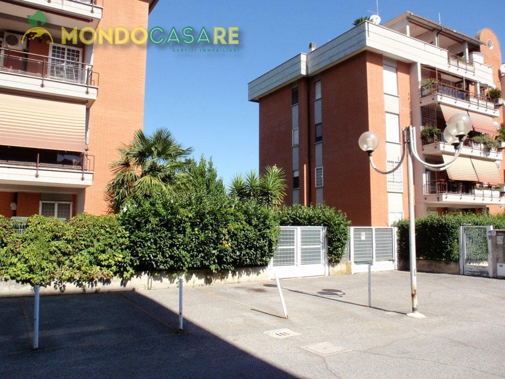 Bilocale Monterotondo Via Val Di Fassa 6