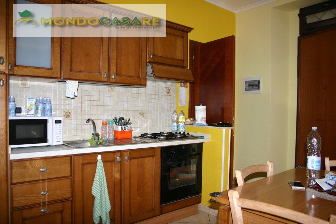 Appartamento in vendita a Palombara Sabina, 3 locali, prezzo € 109.000 | Cambio Casa.it