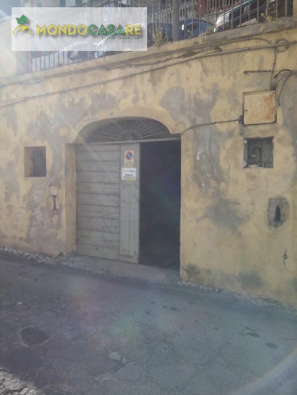 Magazzino in vendita a Palombara Sabina, 1 locali, prezzo € 13.000   CambioCasa.it