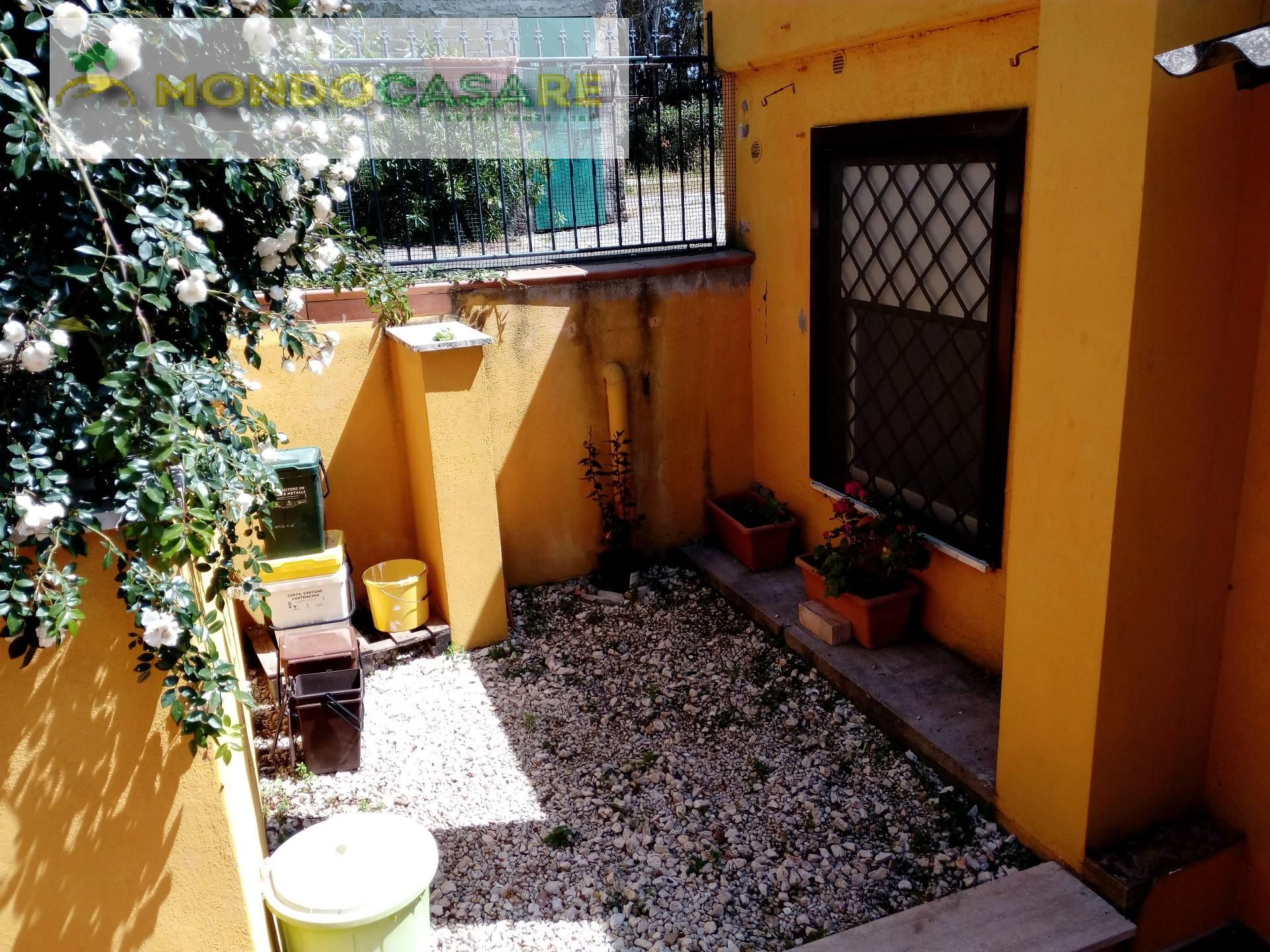 Villa in affitto a Palombara Sabina, 3 locali, prezzo € 480 | CambioCasa.it