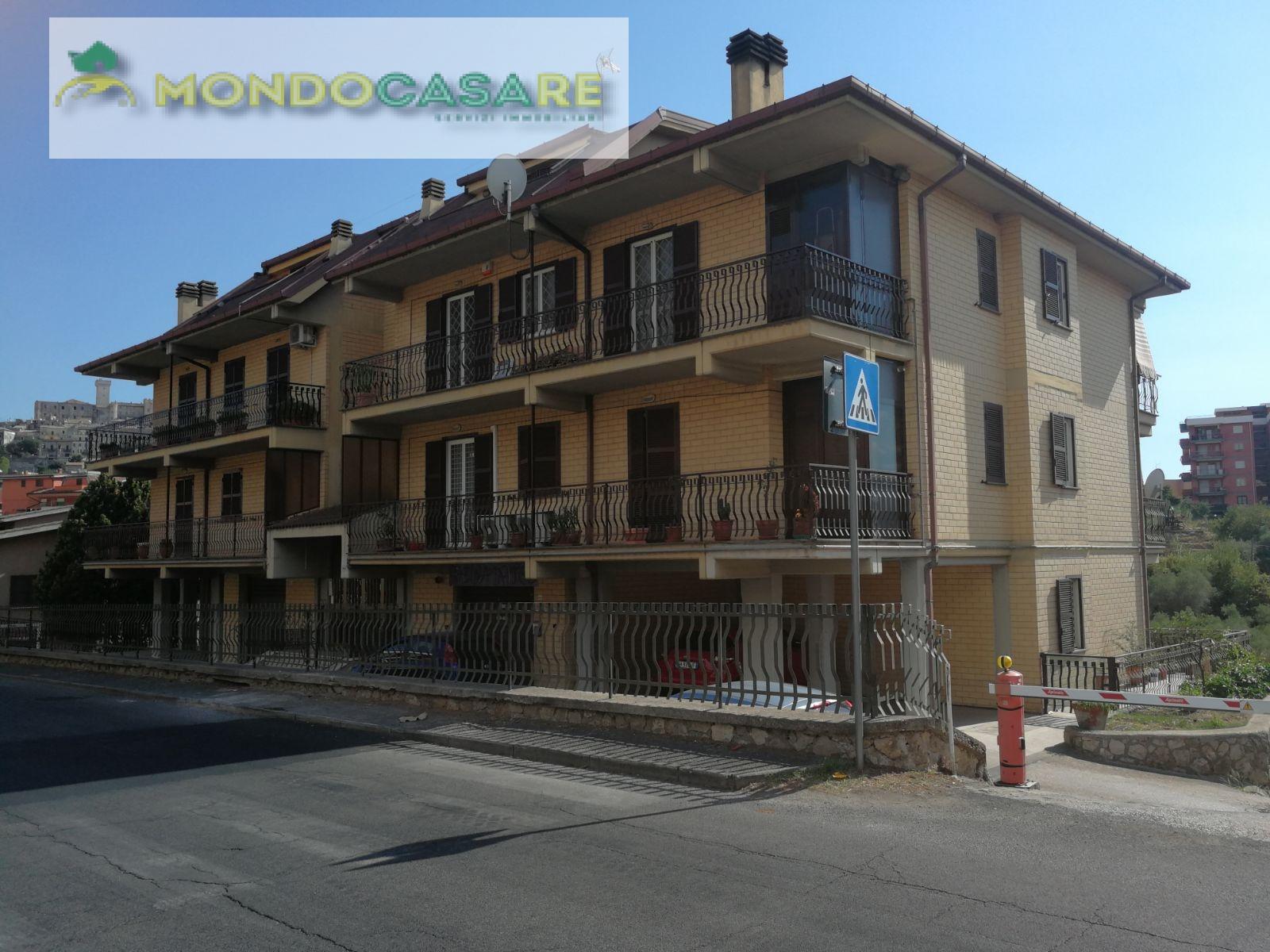 Appartamento in vendita a Palombara Sabina, 3 locali, zona Località: ZonaAPalombaraSabina, prezzo € 135.000   CambioCasa.it