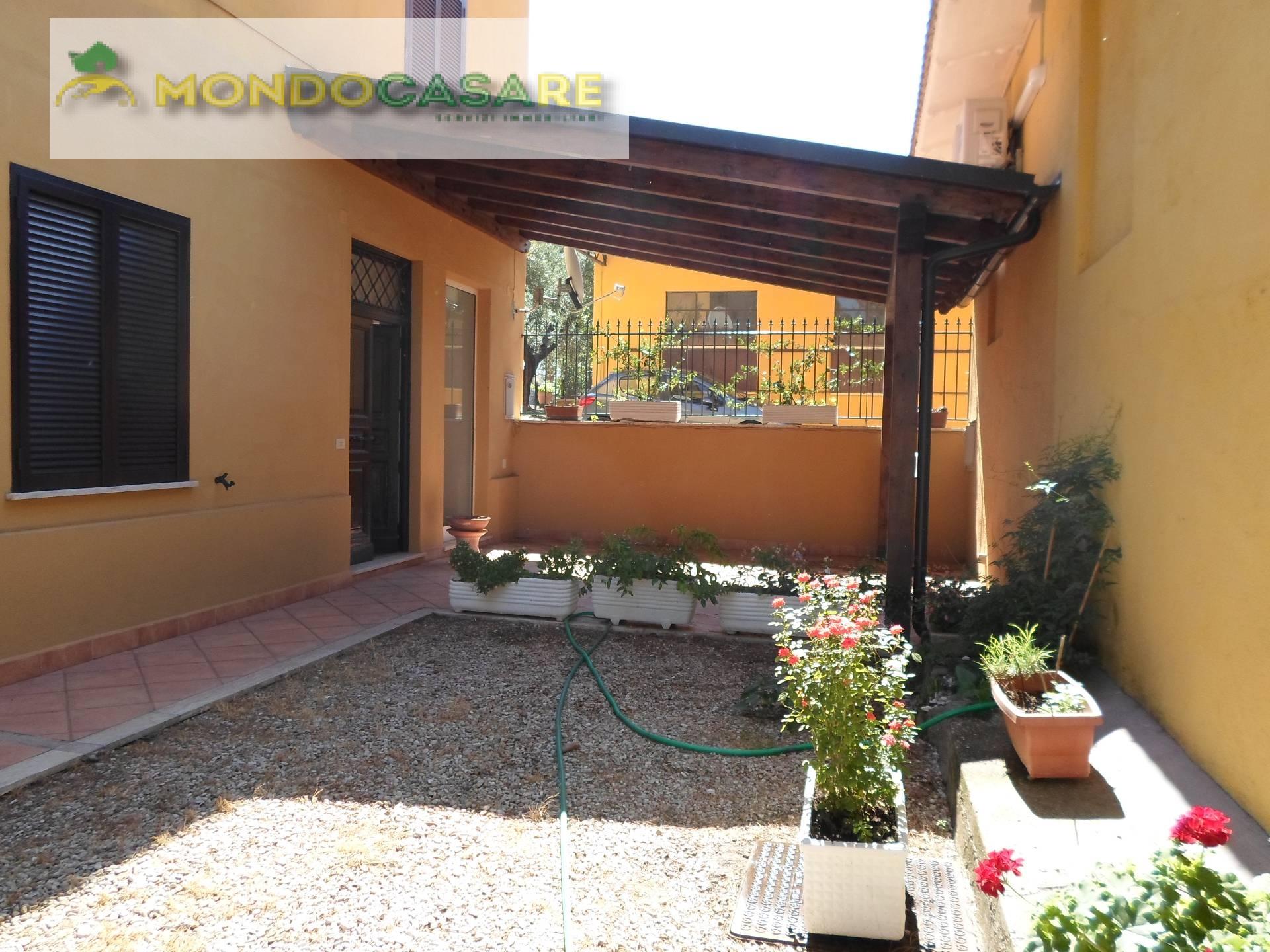 Villa in affitto a Palombara Sabina, 3 locali, prezzo € 500 | CambioCasa.it