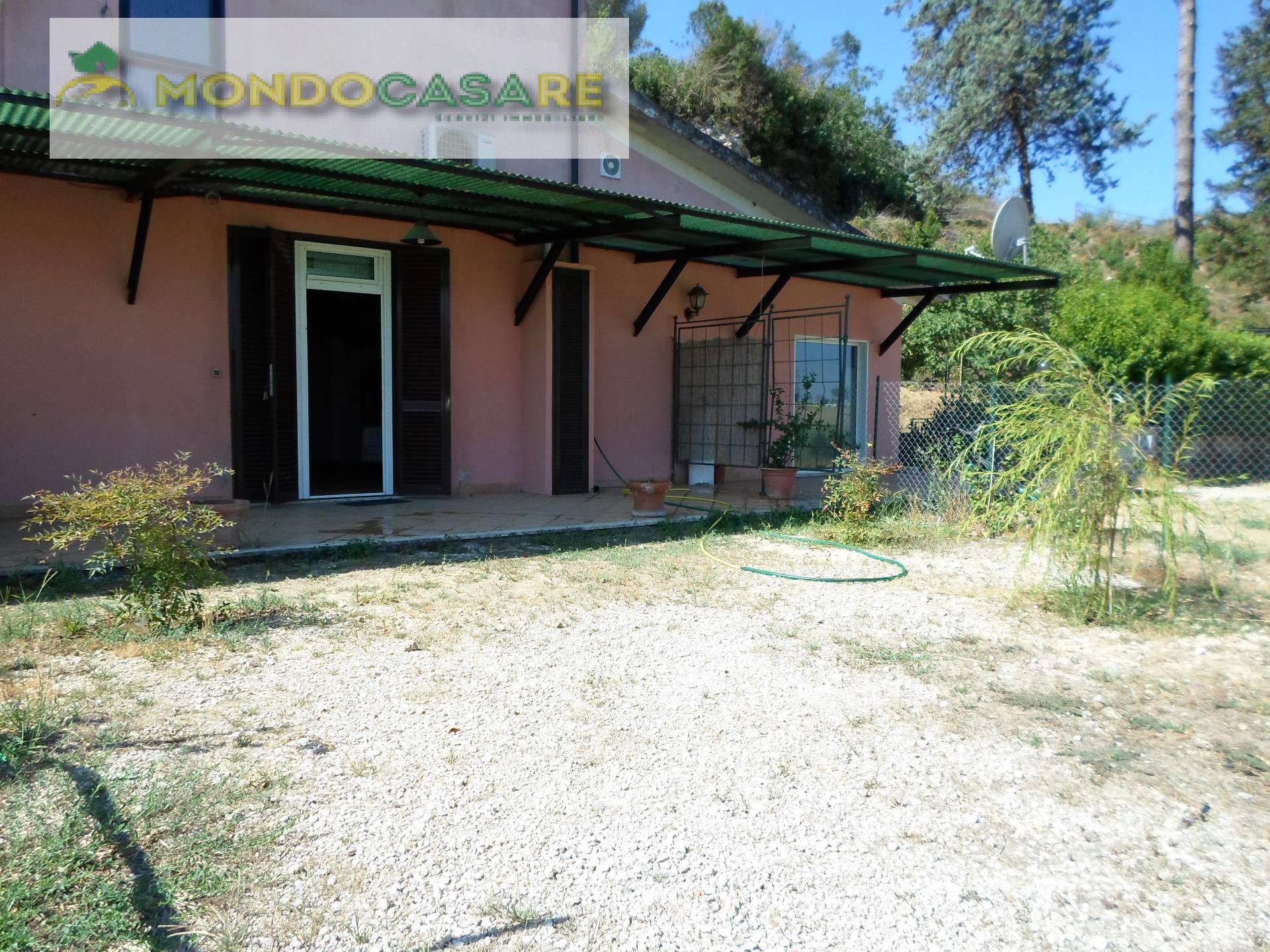 Appartamento in affitto a Palombara Sabina, 1 locali, prezzo € 450 | CambioCasa.it