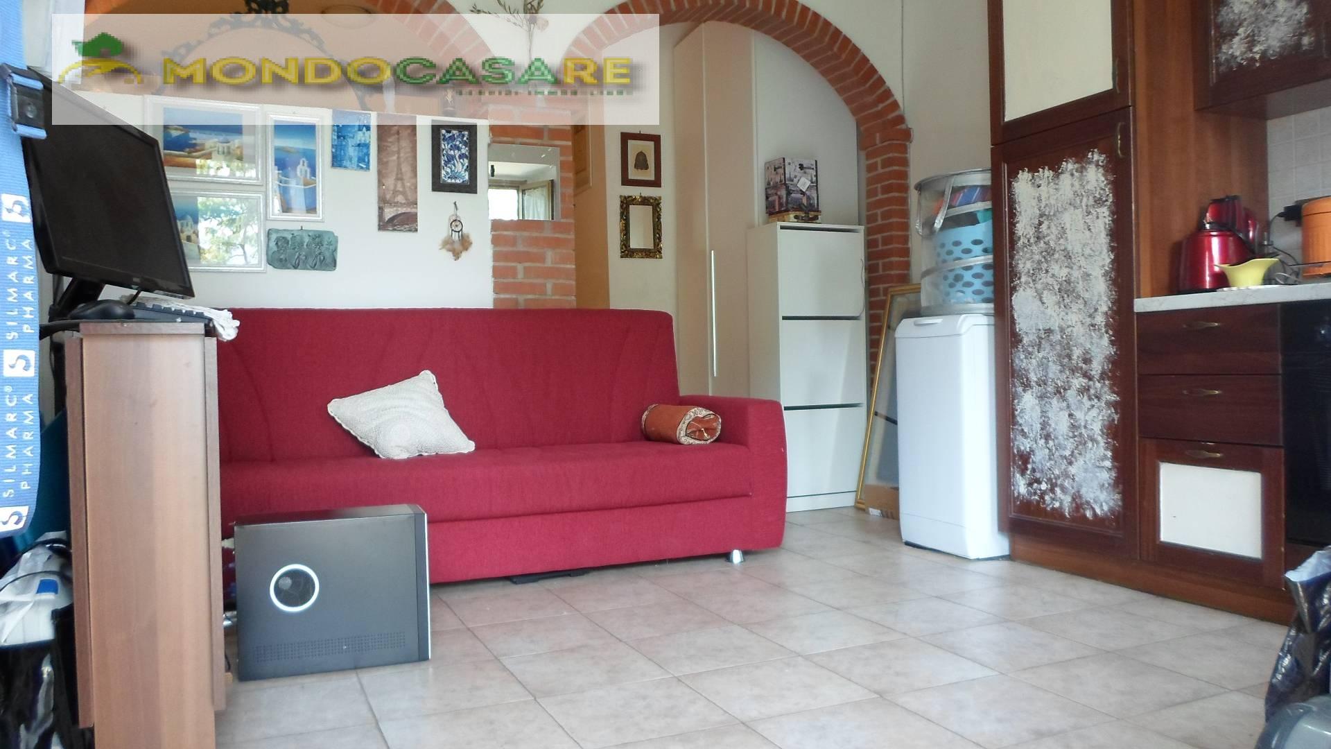 Appartamento in vendita a Palombara Sabina, 2 locali, zona Zona: Cretone, prezzo € 39.000 | CambioCasa.it