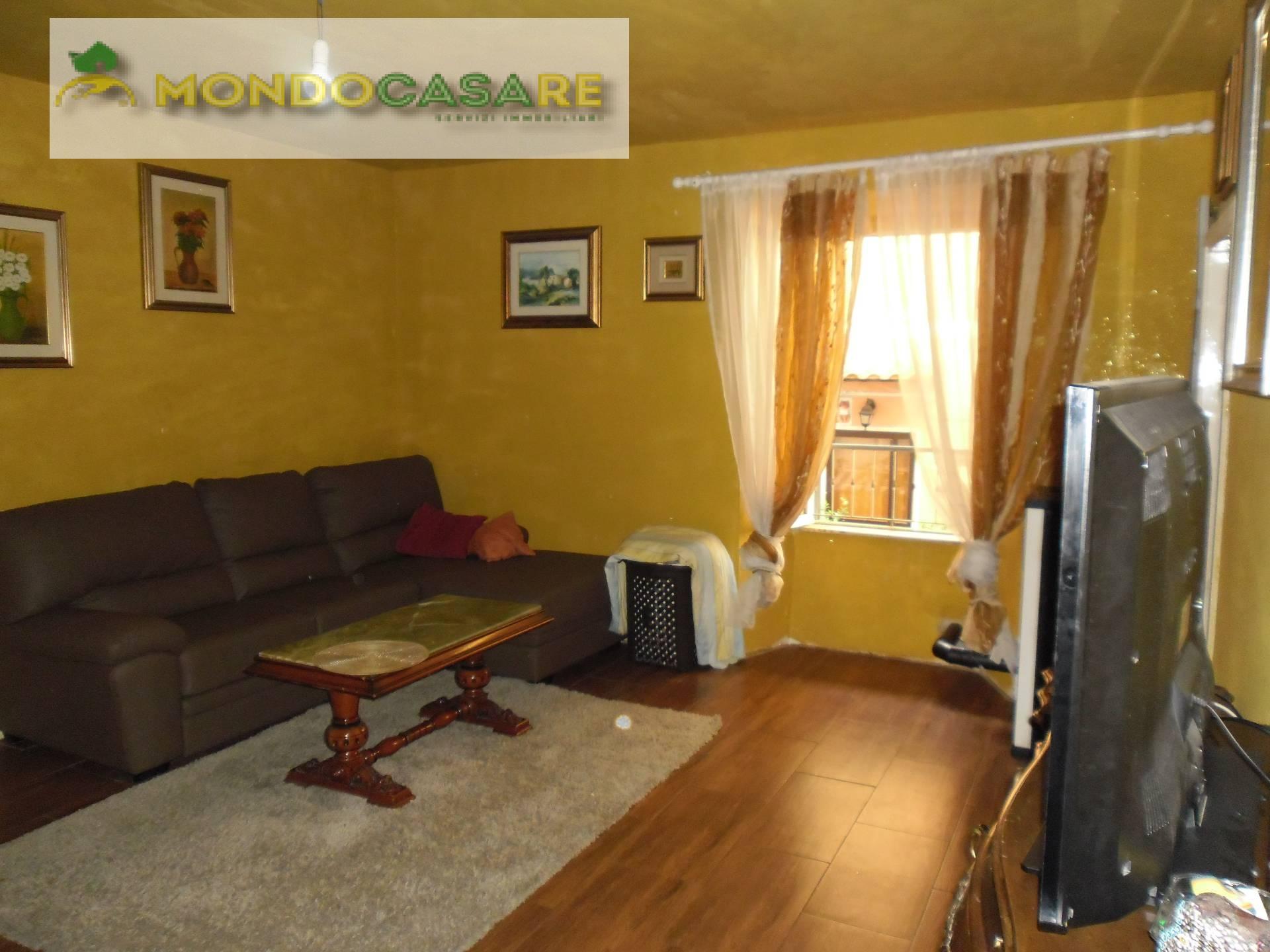 Appartamento in vendita a Palombara Sabina, 3 locali, prezzo € 50.000 | CambioCasa.it