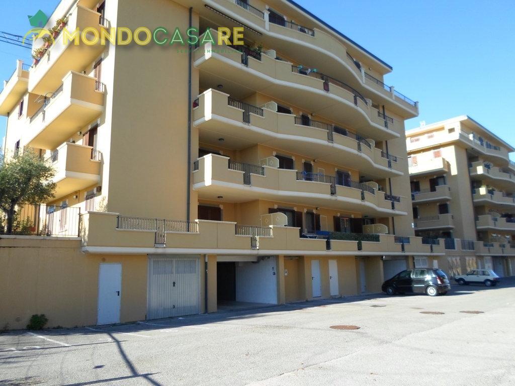 Appartamento in vendita a Mentana, 2 locali, prezzo € 119.000 | CambioCasa.it