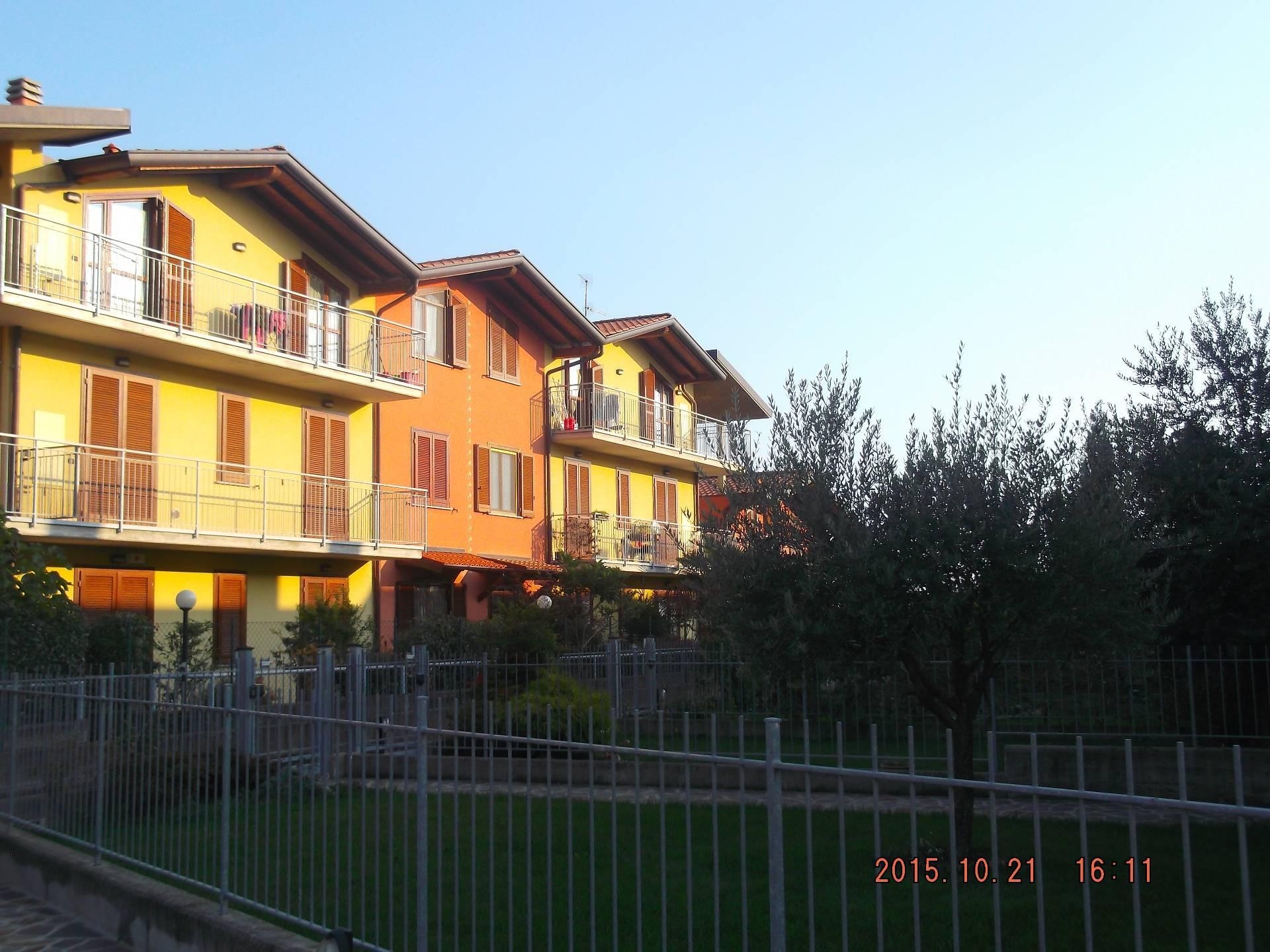 Bilocale Bonate Sotto Via Servalli 1