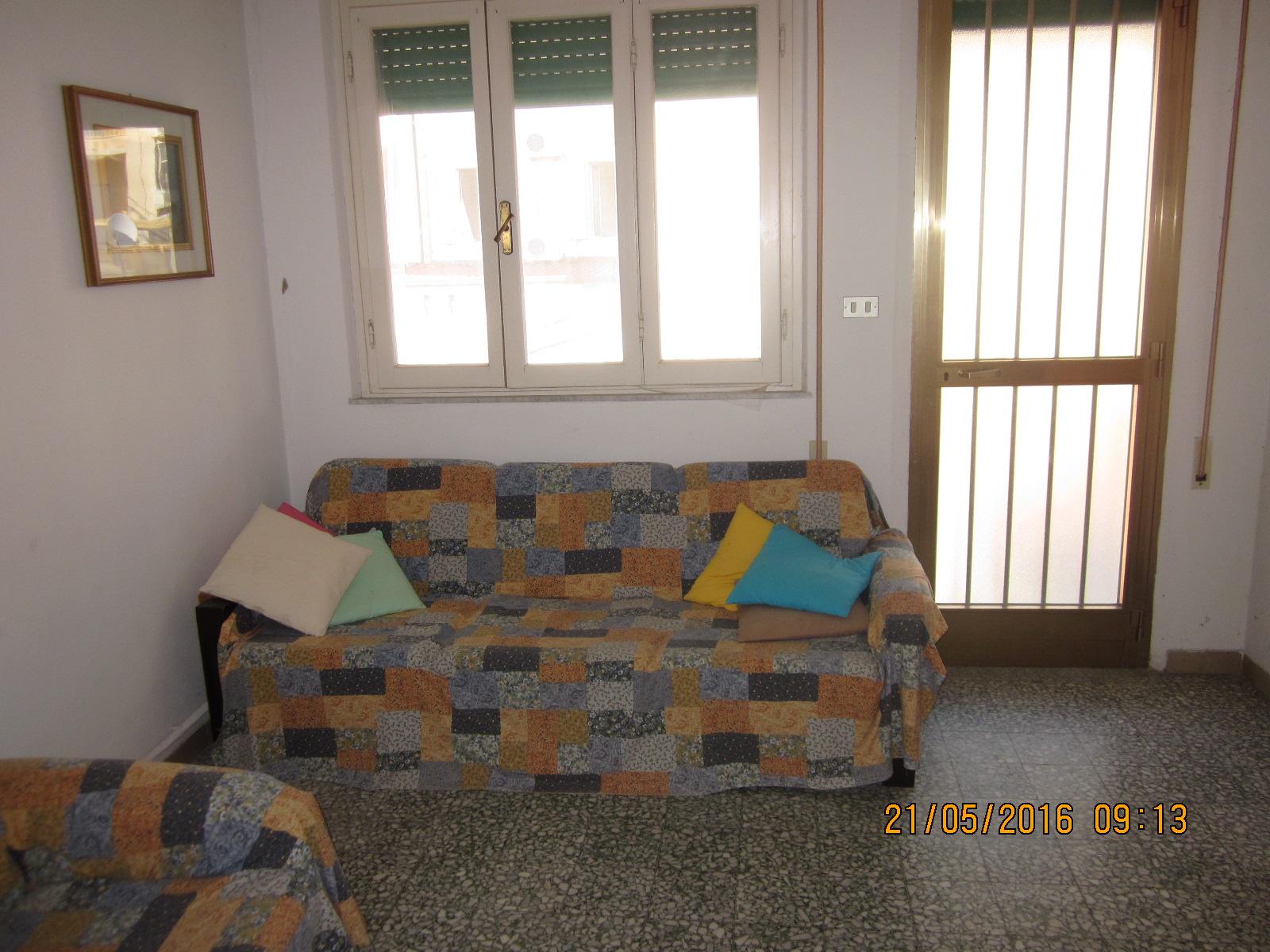 Soluzione Indipendente in vendita a Viareggio, 4 locali, zona Località: Centro, prezzo € 220.000   Cambio Casa.it