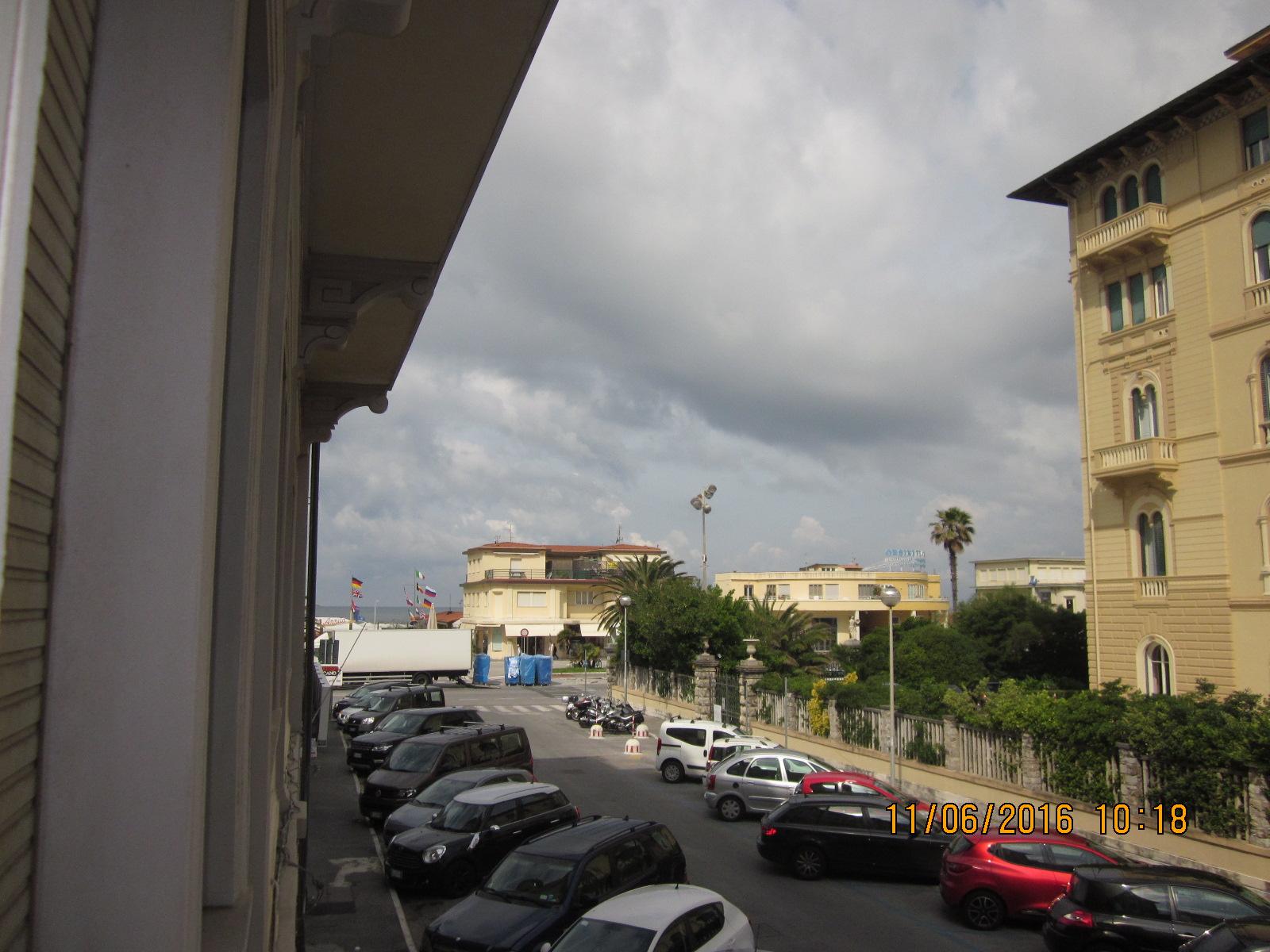 Bilocale Viareggio Viale Carducci 1