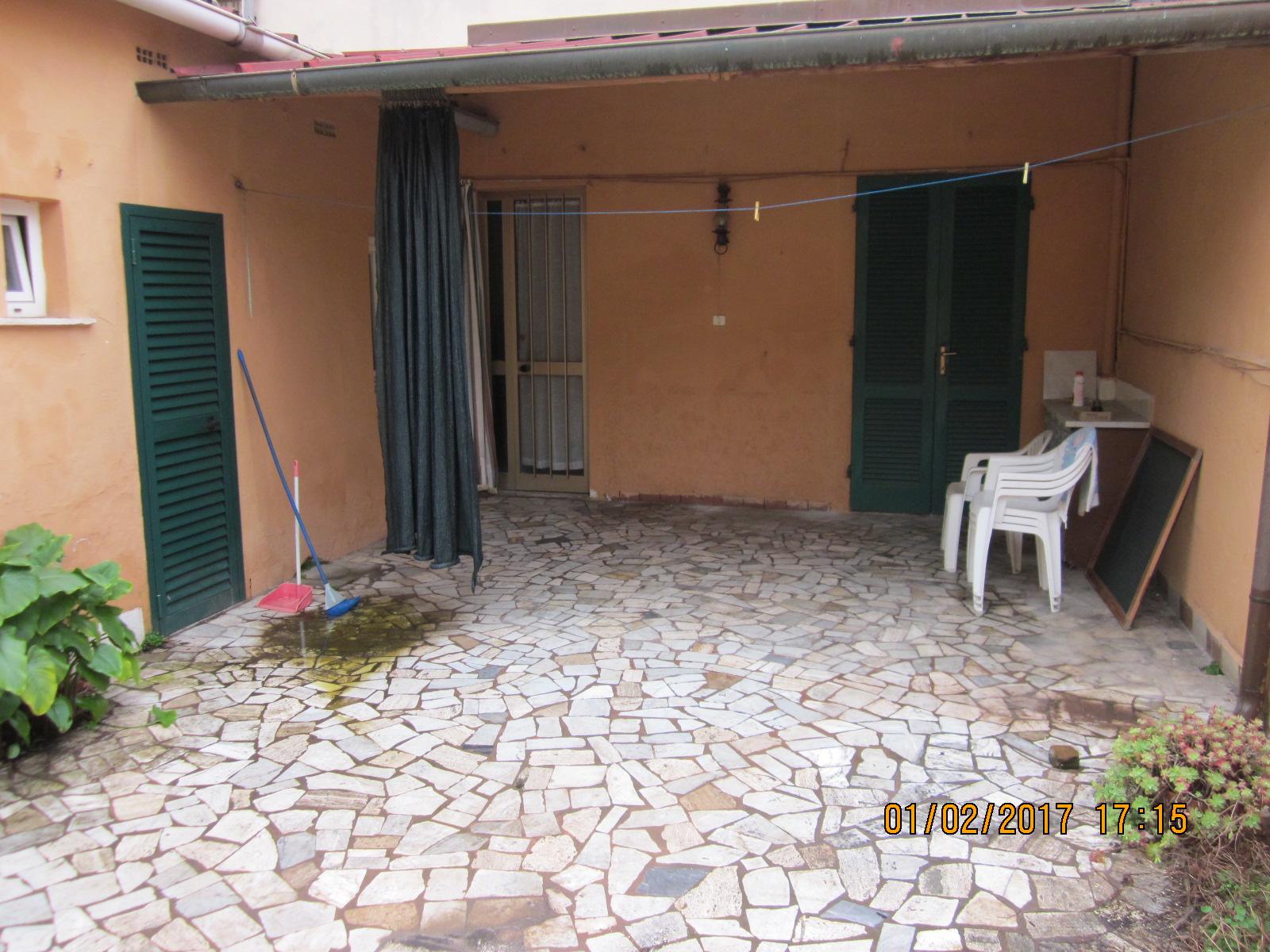 Soluzione Indipendente in vendita a Viareggio, 3 locali, prezzo € 130.000 | Cambio Casa.it