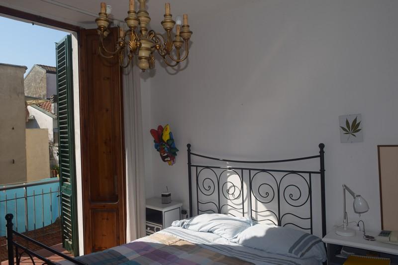 Soluzione Indipendente in vendita a Viareggio, 6 locali, prezzo € 350.000 | CambioCasa.it