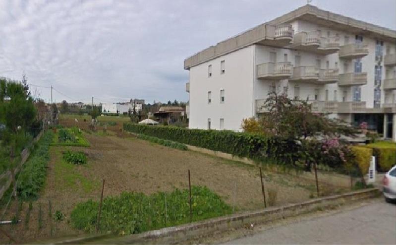 Terreno Edificabile Residenziale in vendita a Giulianova, 9999 locali, prezzo € 70.000 | Cambio Casa.it