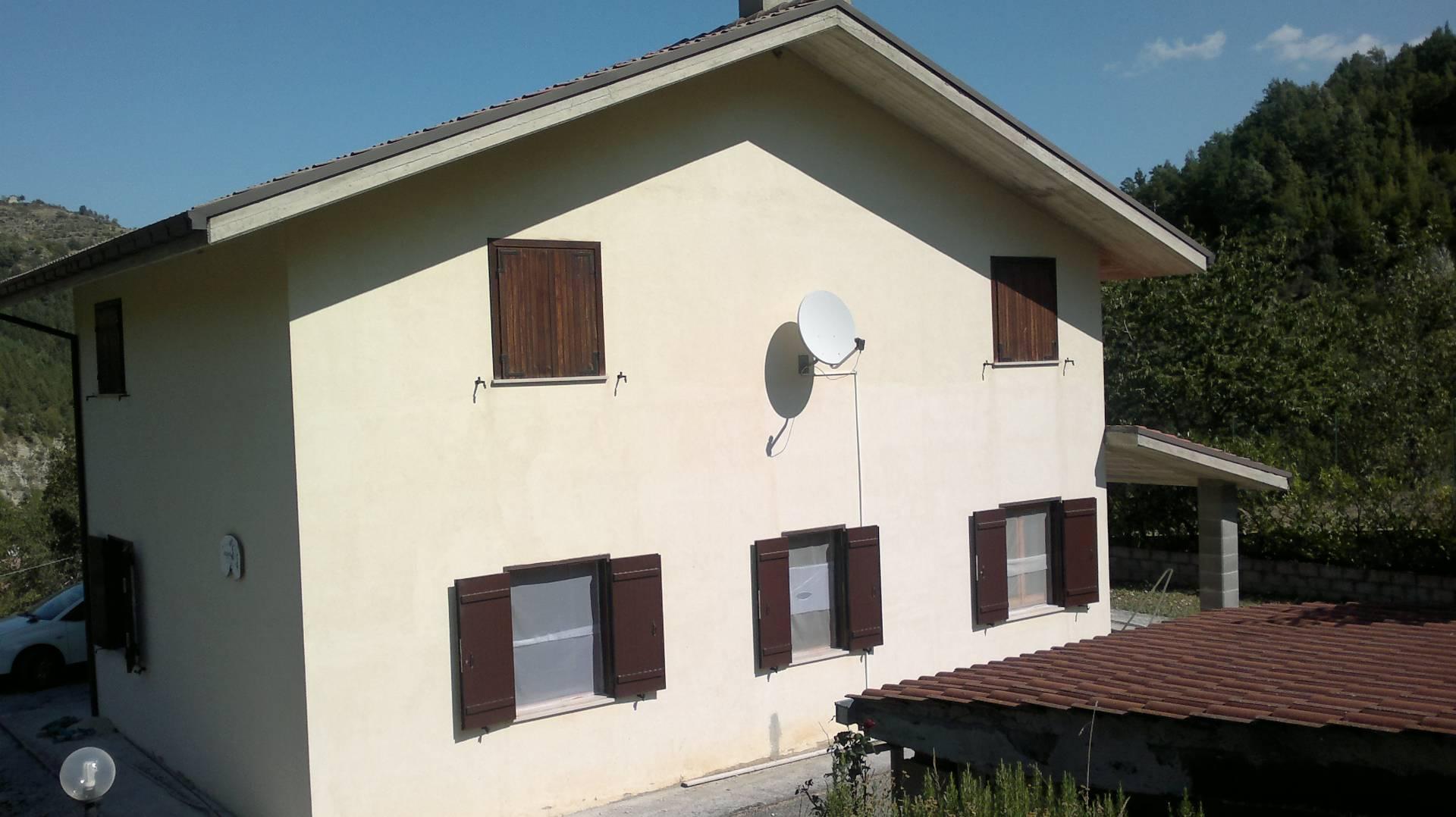 Soluzione Indipendente in vendita a Cortino, 3 locali, prezzo € 99.000 | Cambio Casa.it