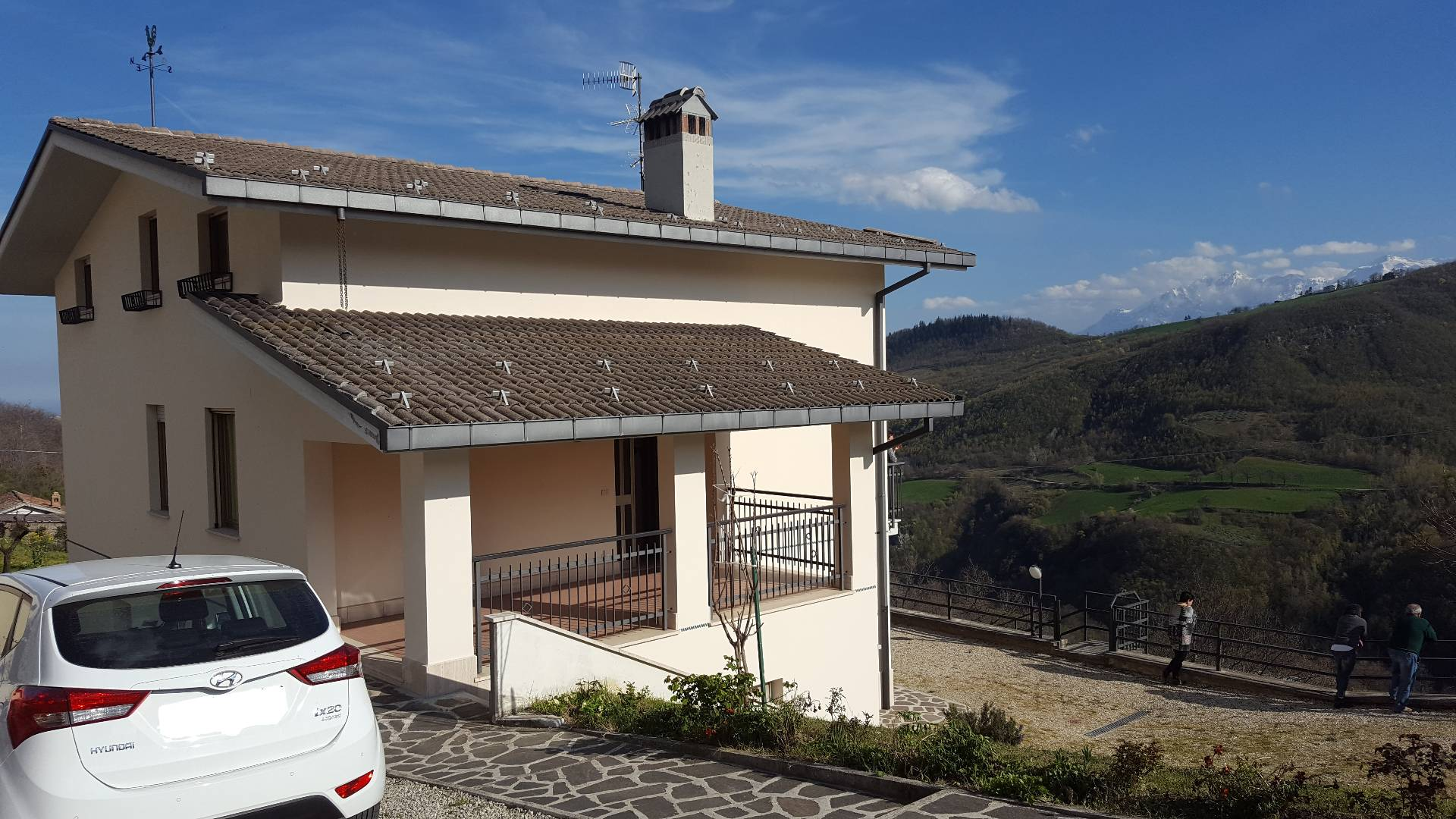 Soluzione Indipendente in vendita a Cortino, 8 locali, prezzo € 180.000 | Cambio Casa.it
