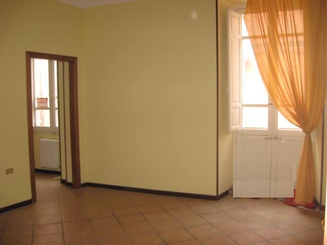 Ufficio / Studio in affitto a Teramo, 9999 locali, zona Zona: Centro , prezzo € 800 | Cambio Casa.it
