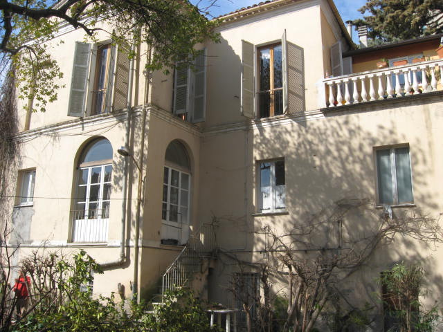 Villa in vendita a Teramo, 10 locali, zona Zona: Centro , Trattative riservate | Cambio Casa.it