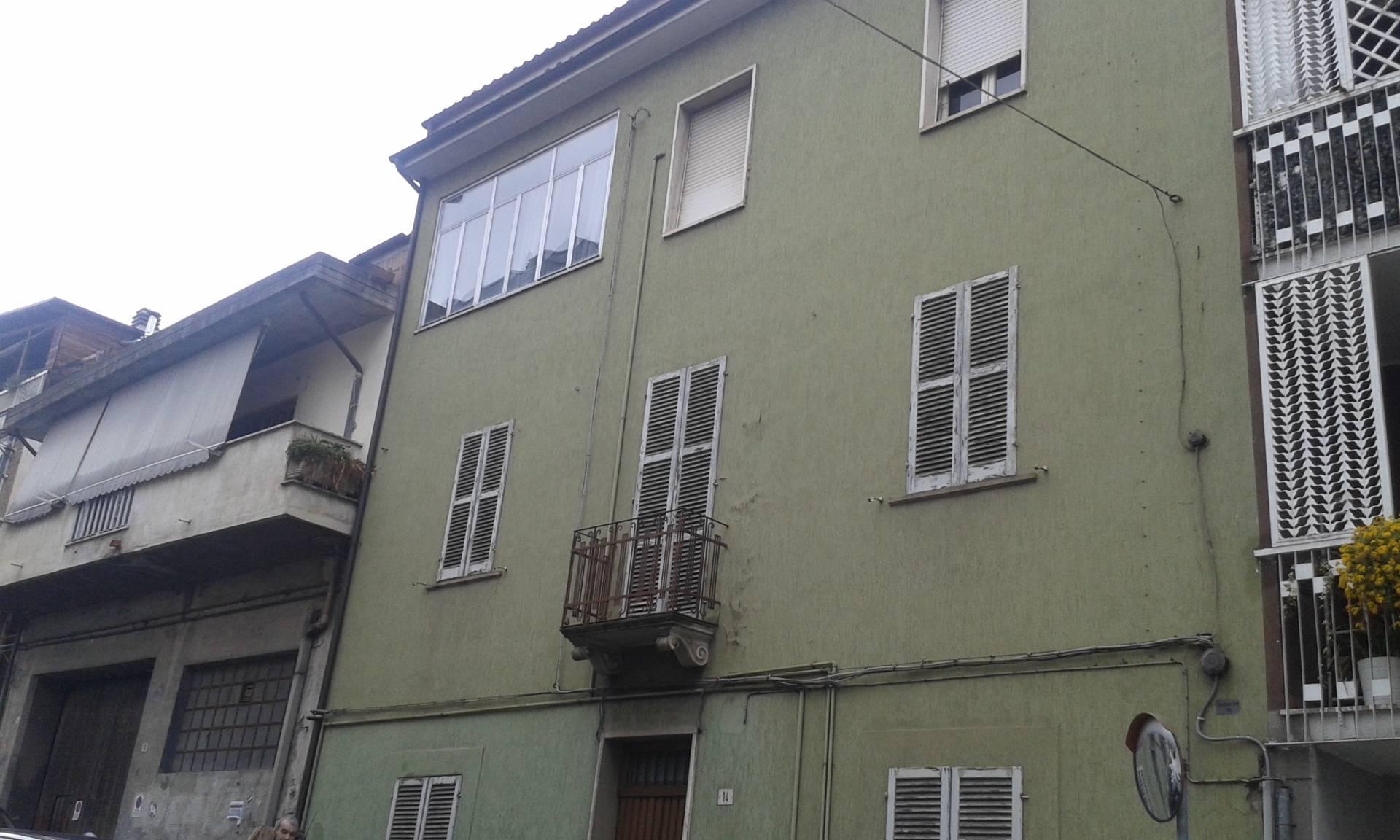 Soluzione Indipendente in vendita a Teramo, 12 locali, prezzo € 300.000 | Cambio Casa.it