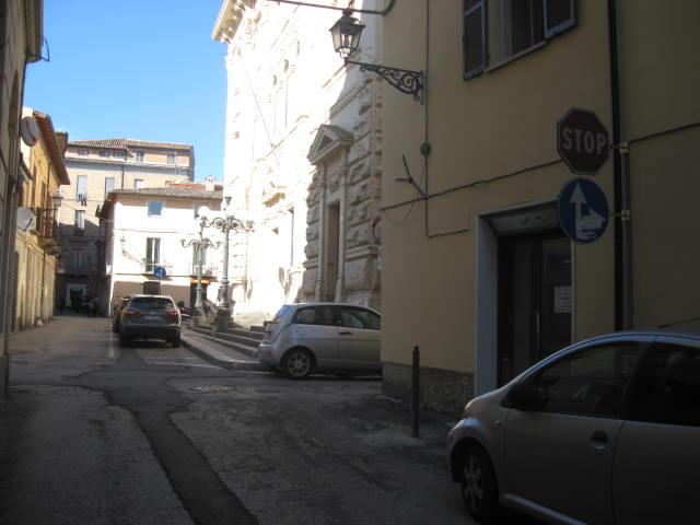 Negozio / Locale in Affitto a Teramo