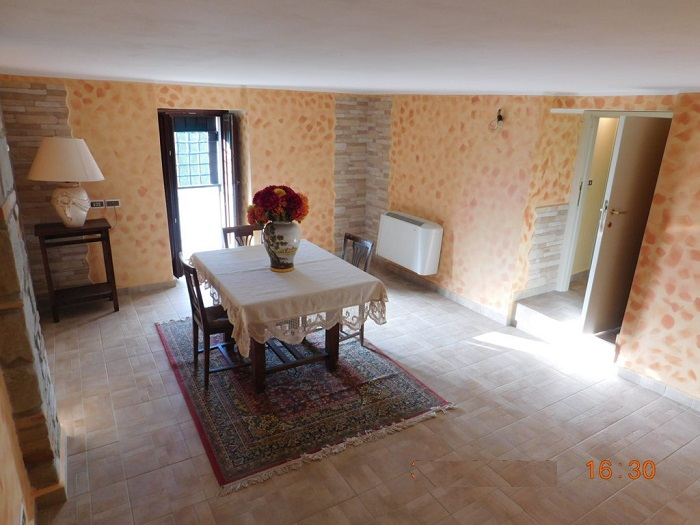 Soluzione Indipendente in vendita a Teramo, 4 locali, zona Zona: Frondarola, prezzo € 87.000 | Cambio Casa.it