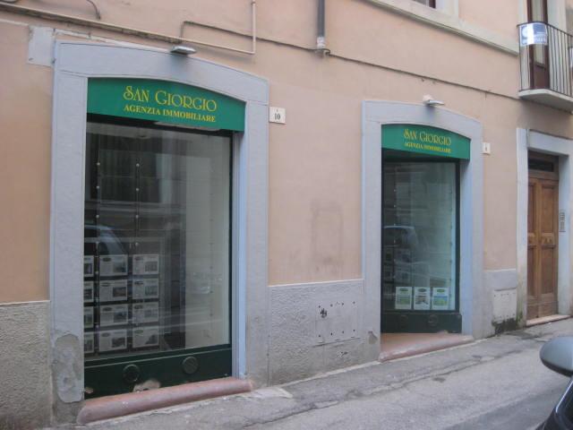 Negozio / Locale in affitto a Teramo, 9999 locali, zona Zona: Centro , prezzo € 600 | CambioCasa.it