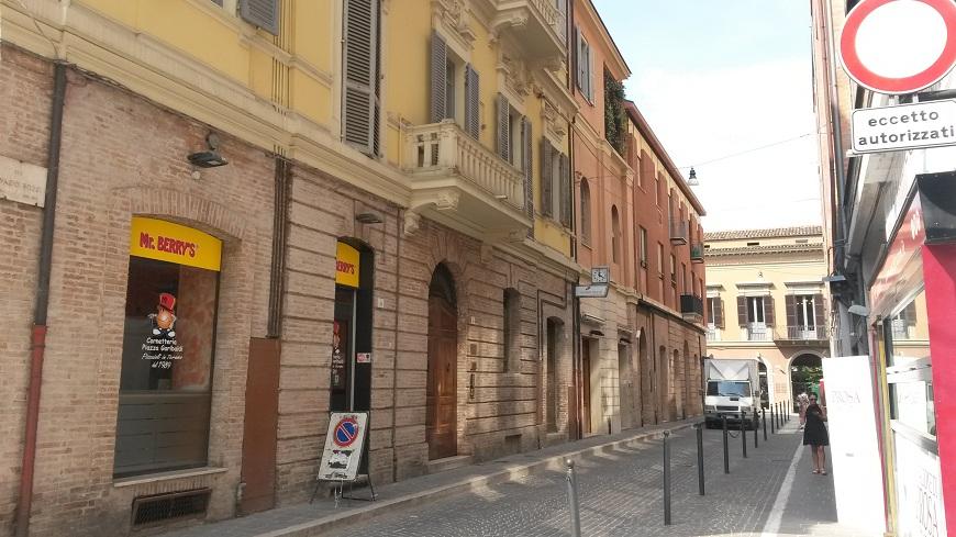 Ufficio / Studio in vendita a Teramo, 9999 locali, zona Zona: Centro , prezzo € 90.000 | CambioCasa.it