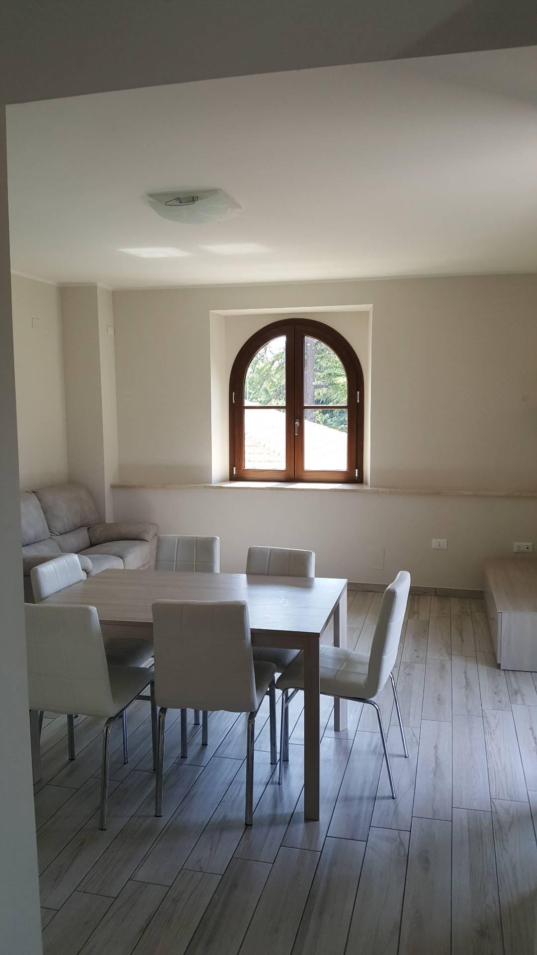 Appartamento in affitto a Teramo, 3 locali, prezzo € 600 | CambioCasa.it