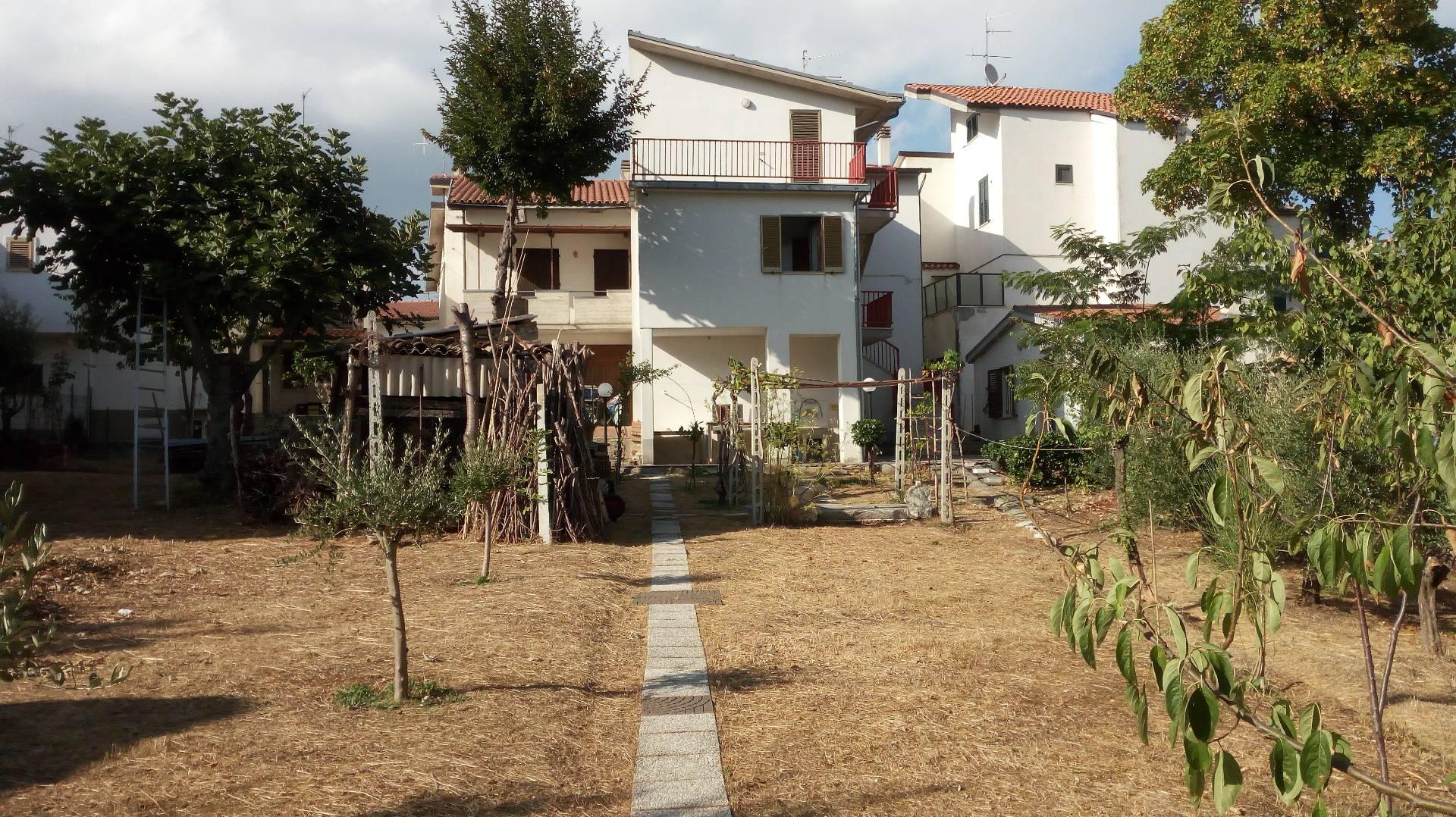 Villa Bifamiliare in Vendita a Campli