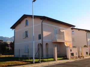 Villa Bifamiliare in Vendita a Seravezza