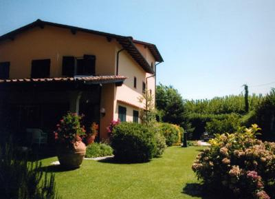 Villa in Affitto stagionale<br>a Massa