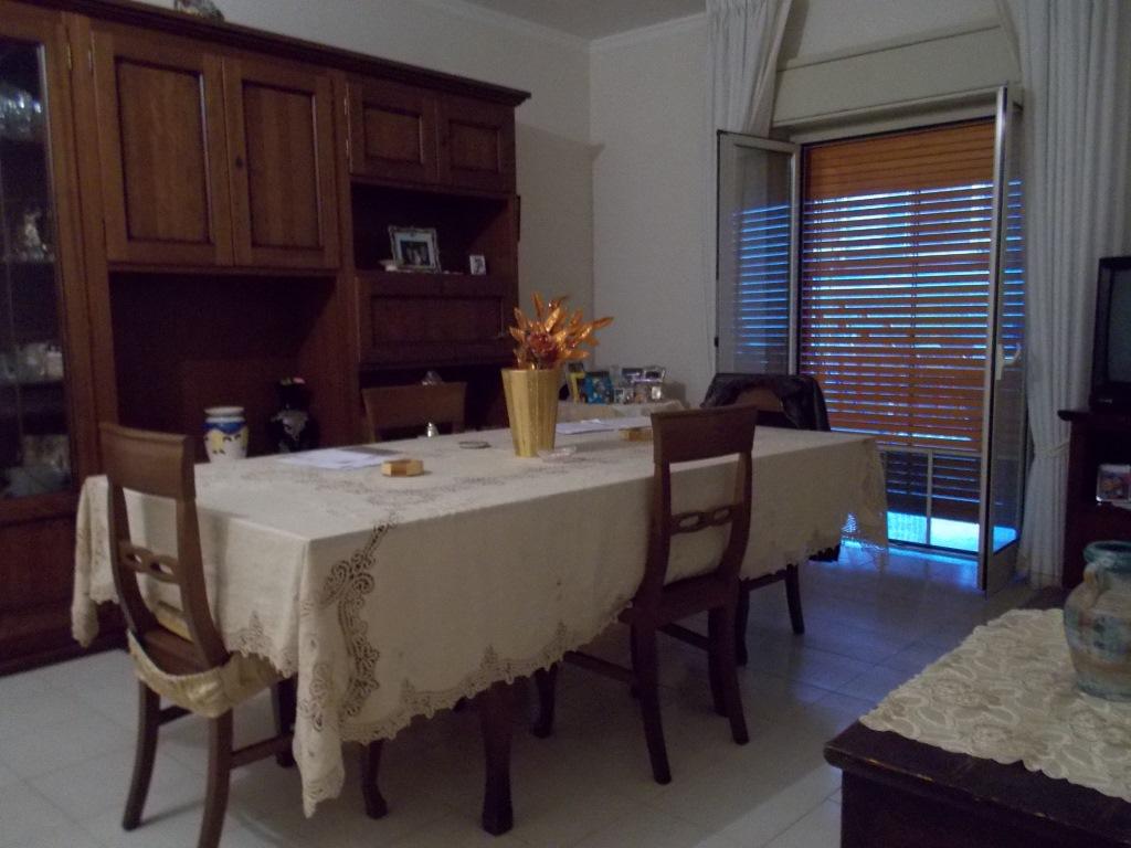 Appartamento in vendita a Aci Castello, 3 locali, zona Zona: Ficarazzi, prezzo € 145.000 | Cambio Casa.it