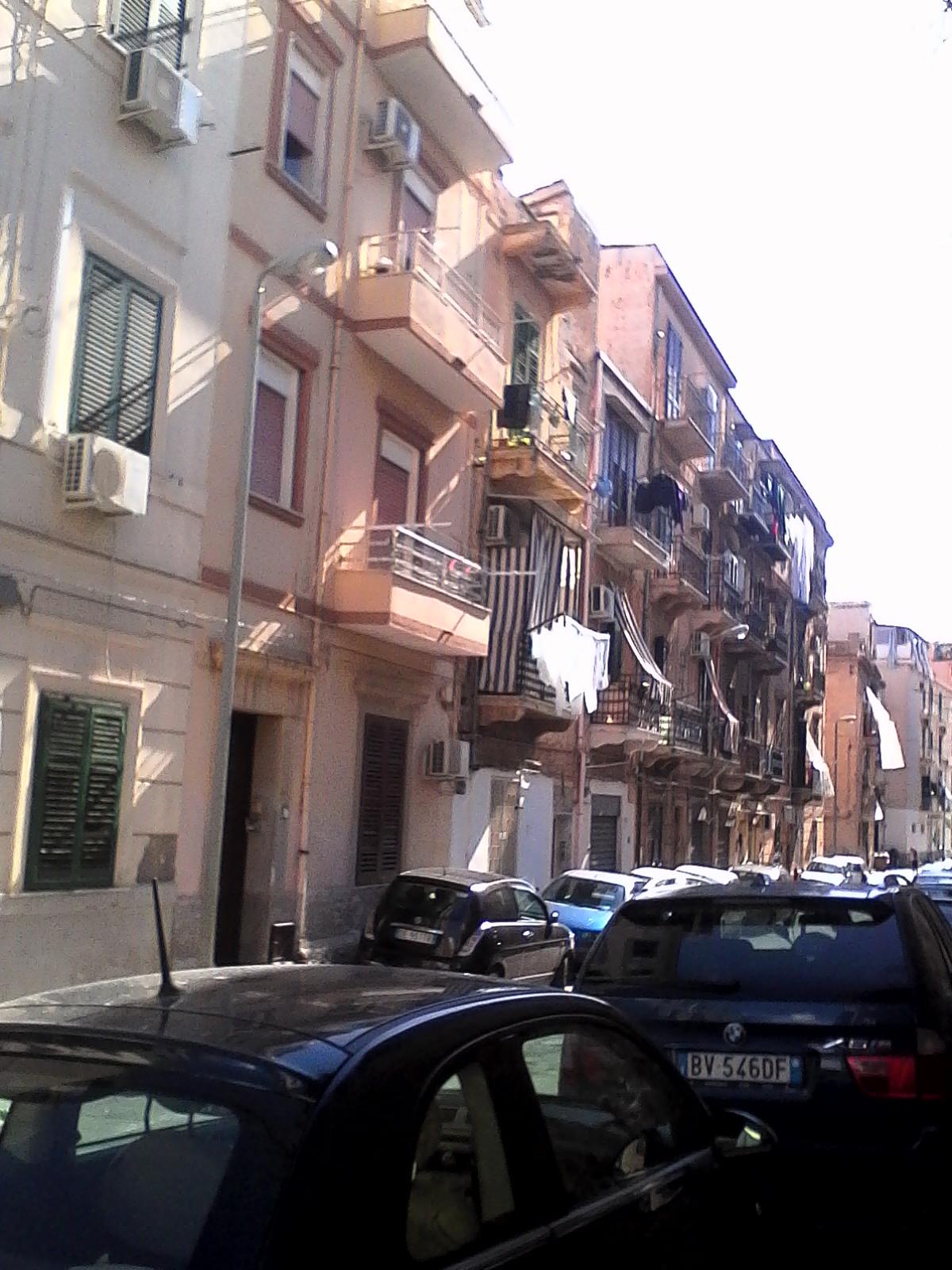 Bilocale Palermo Via Gabriele Vulpi 2