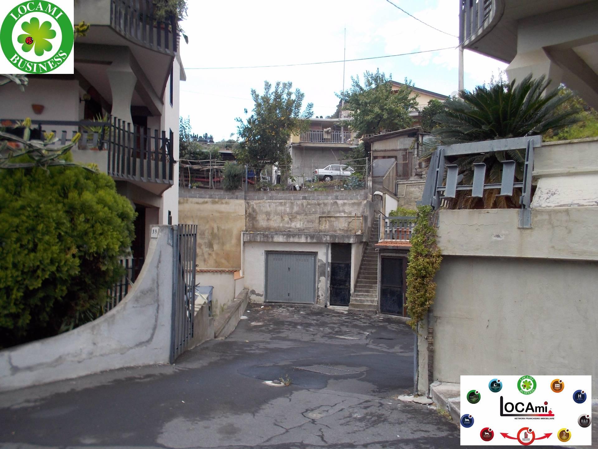 Negozio / Locale in vendita a Aci Castello, 9999 locali, zona Zona: Ficarazzi, prezzo € 80.000 | Cambio Casa.it