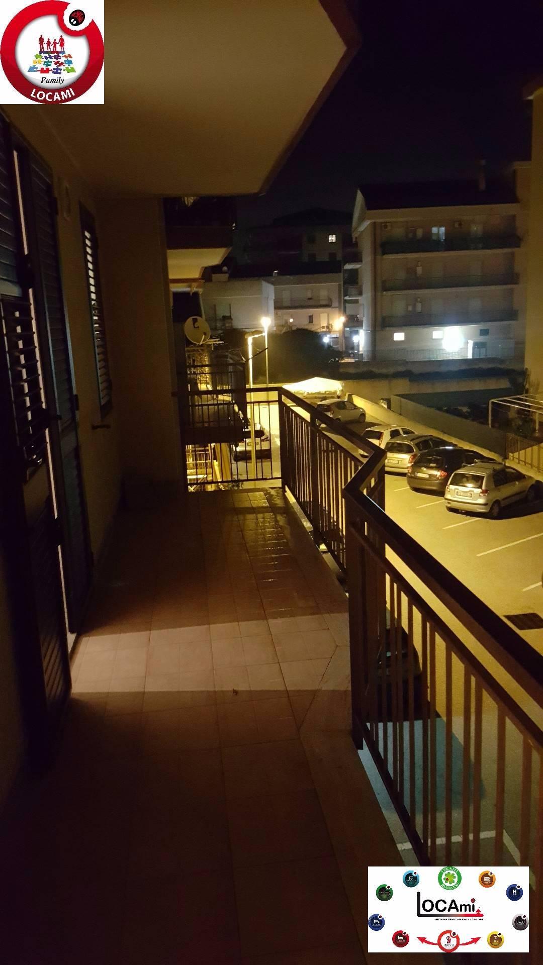 Appartamento in vendita a Floridia, 4 locali, prezzo € 110.000 | Cambio Casa.it