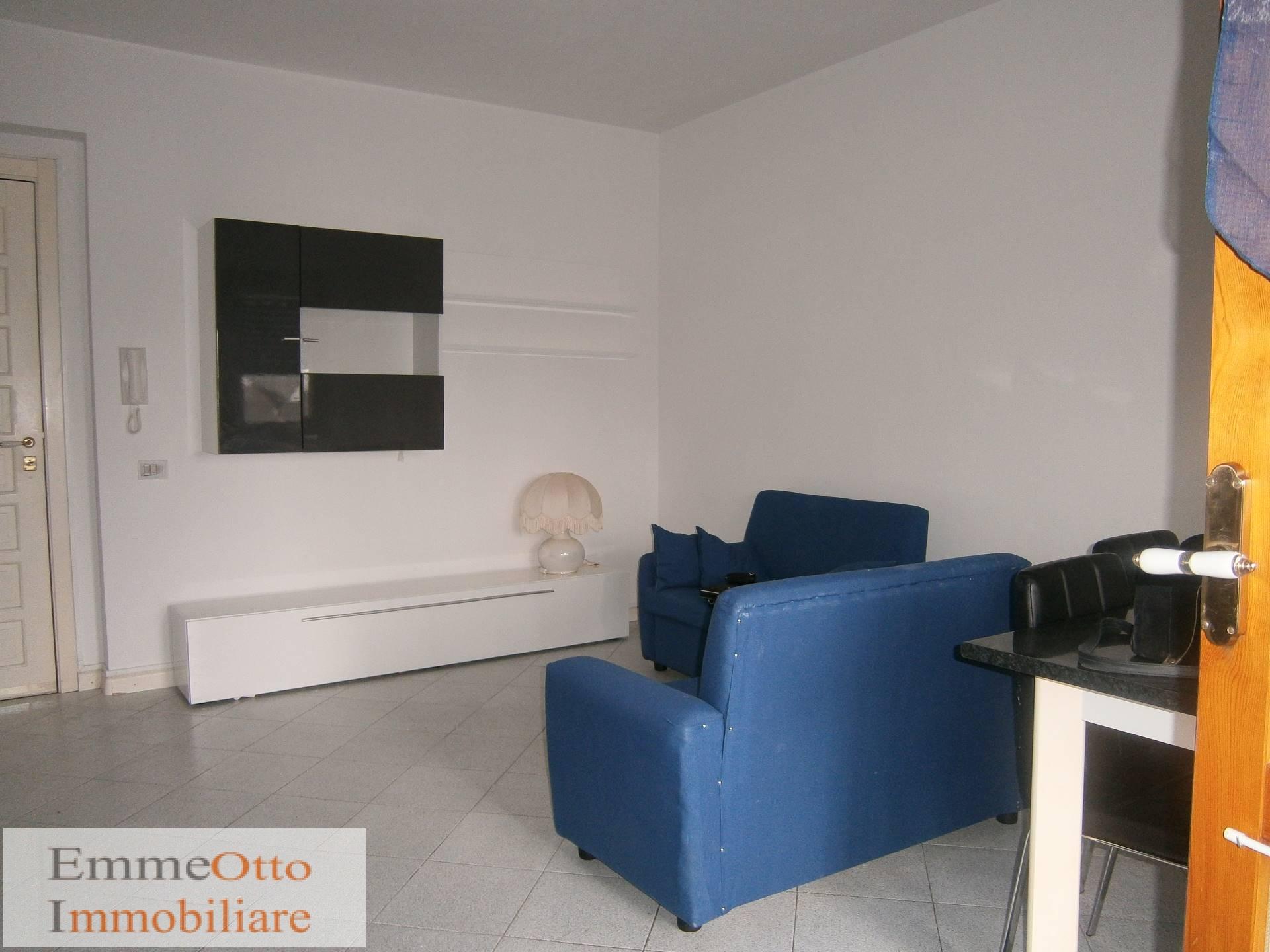 Appartamento in affitto a Quartu Sant'Elena, 2 locali, zona Località: PitzeSerra, prezzo € 430 | Cambio Casa.it