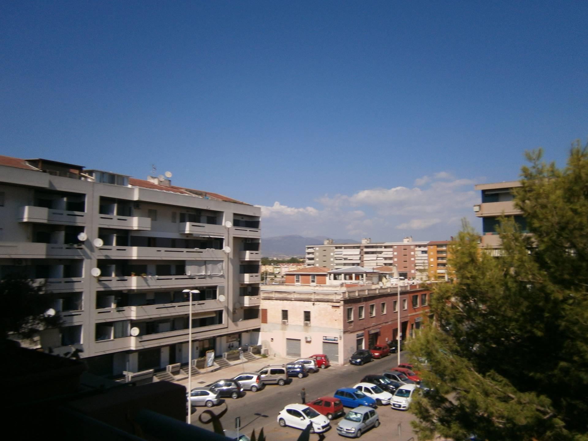 Appartamento in affitto a Quartu Sant'Elena, 3 locali, zona Località: PitzeSerra, prezzo € 530 | Cambio Casa.it