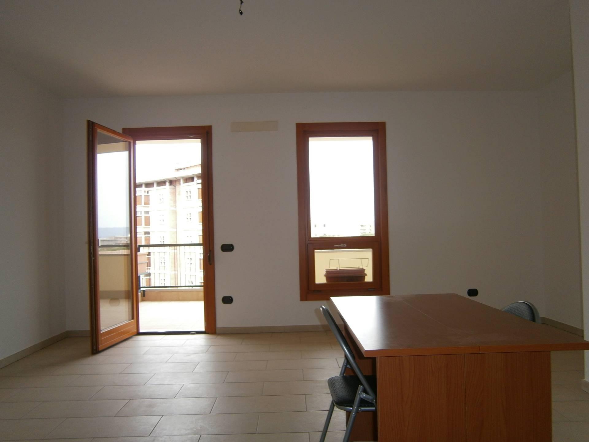 Appartamento in affitto a Cagliari, 3 locali, zona Località: IsMirrionis, prezzo € 700 | Cambio Casa.it