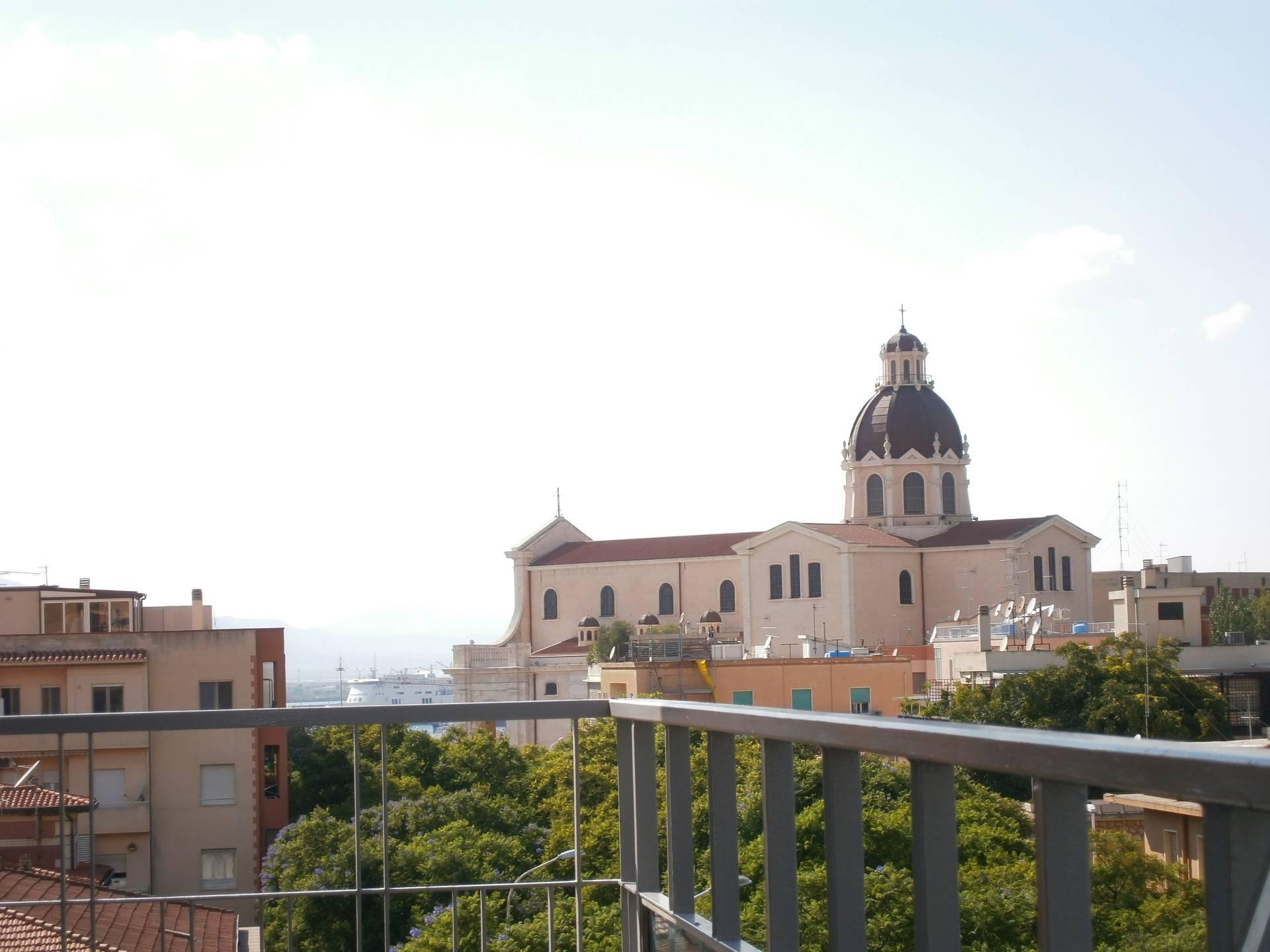 Appartamento in affitto a Cagliari, 4 locali, zona Zona: Bonaria, prezzo € 1.000 | Cambio Casa.it