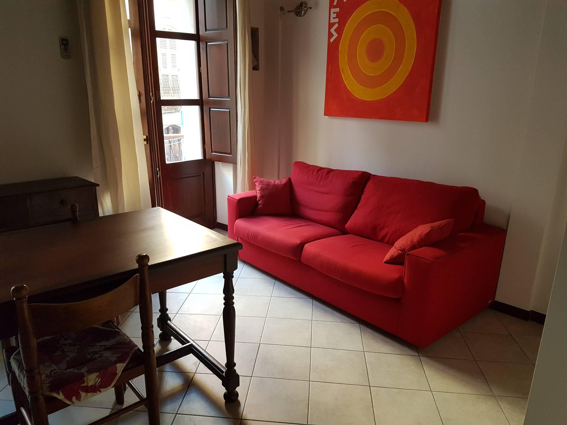 Appartamento in affitto a Cagliari, 2 locali, zona Zona: Marina, prezzo € 650 | Cambio Casa.it