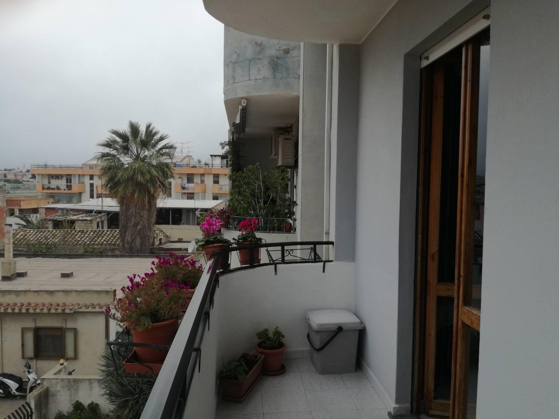 Appartamento in vendita a Monserrato, 3 locali, prezzo € 135.000 | Cambio Casa.it