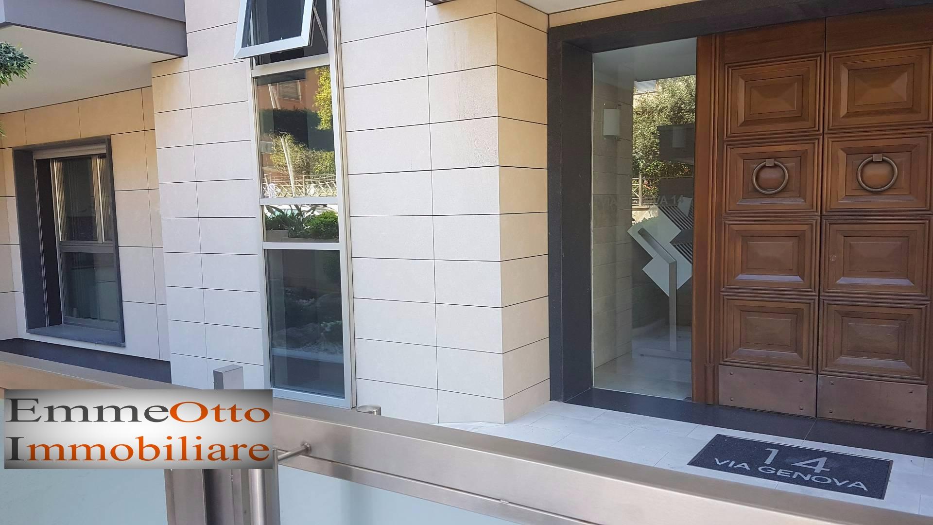 Appartamento in affitto a Cagliari, 3 locali, zona Zona: Bonaria, prezzo € 1.400 | CambioCasa.it