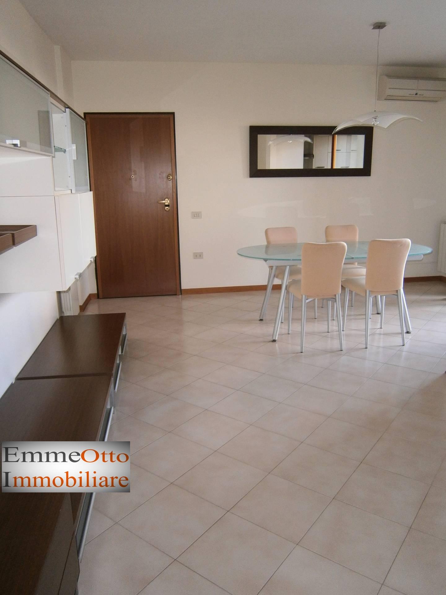 Appartamento in affitto a Cagliari, 3 locali, prezzo € 800 | CambioCasa.it