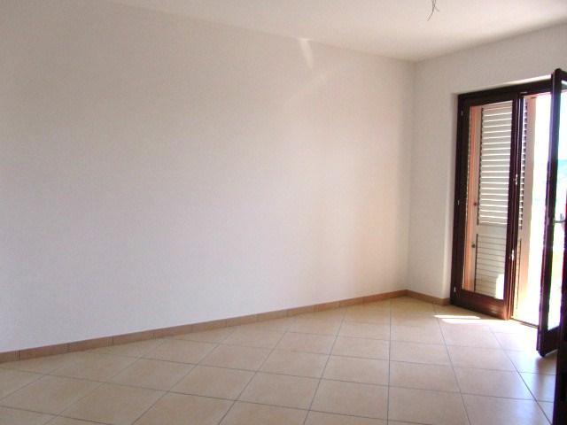 Appartamento in vendita a Corropoli, 4 locali, zona Località: Bivio, Trattative riservate | Cambio Casa.it