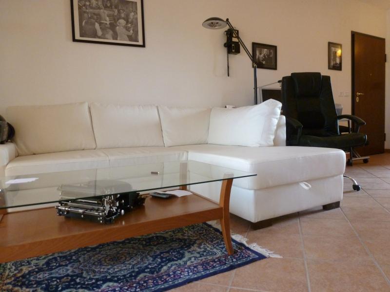 Appartamento in vendita a Corropoli, 5 locali, prezzo € 100.000 | Cambio Casa.it