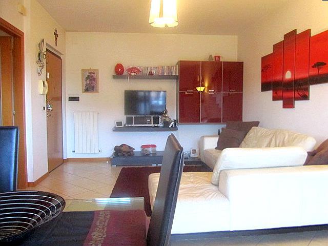 Appartamento in vendita a Corropoli, 4 locali, zona Località: Bivio, prezzo € 93.000 | Cambio Casa.it