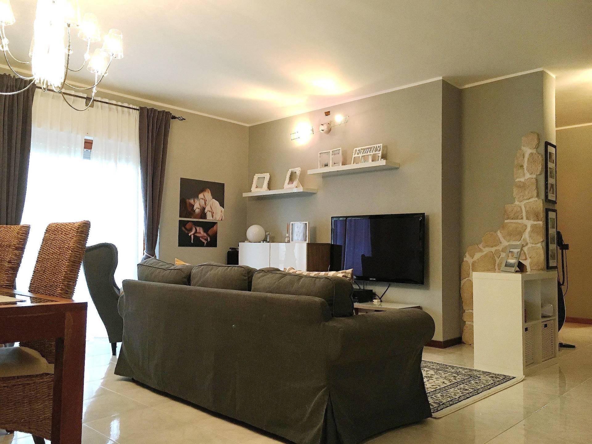 Appartamento in vendita a Corropoli, 5 locali, prezzo € 104.000 | Cambio Casa.it