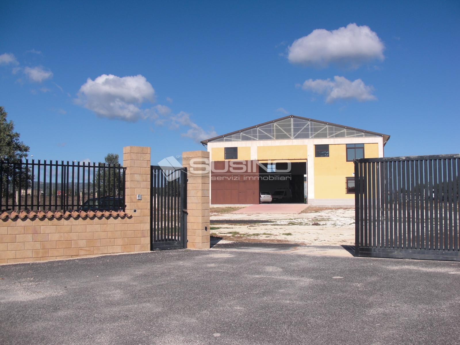 Capannone in vendita a Siracusa, 9999 locali, zona Località: Elorina, prezzo € 400.000 | Cambio Casa.it