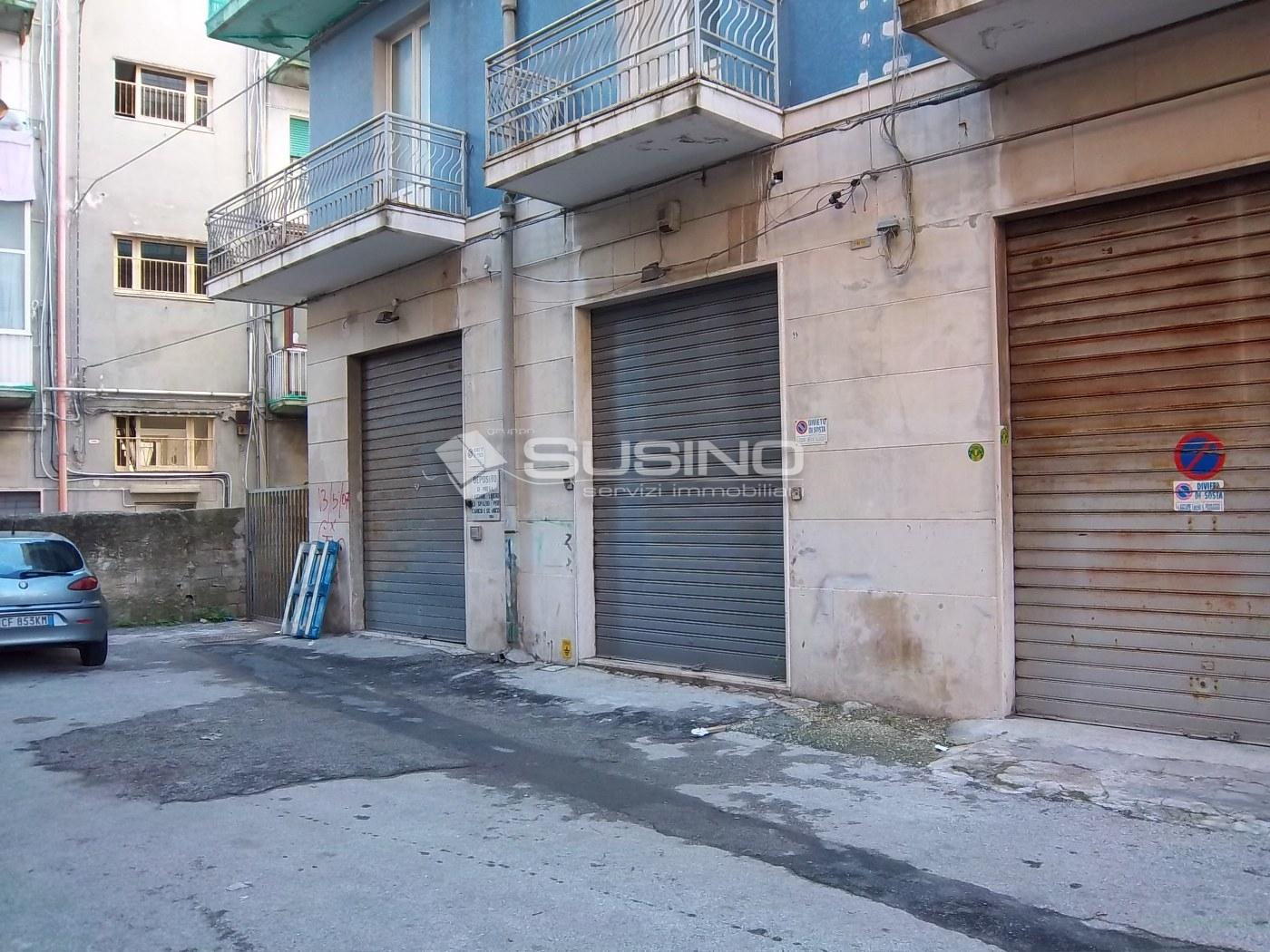 Box / Garage in vendita a Siracusa, 9999 locali, zona Zona: Gelone, prezzo € 50.000 | Cambio Casa.it