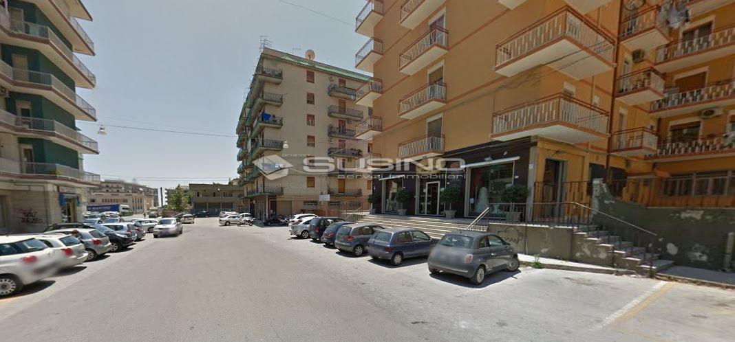 Box / Garage in vendita a Siracusa, 9999 locali, zona Località: Polibio, prezzo € 11.000   Cambio Casa.it